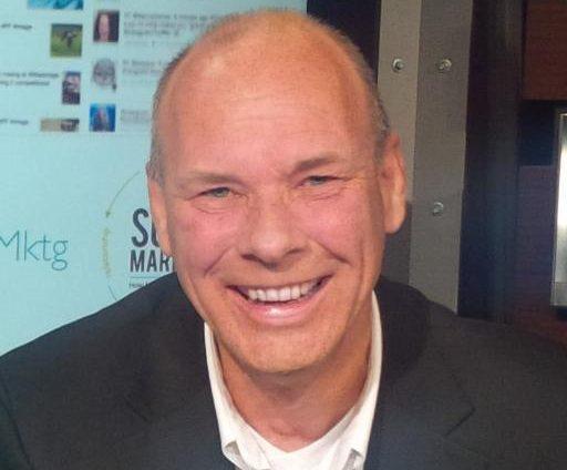 Steve Dodd, Socialgist